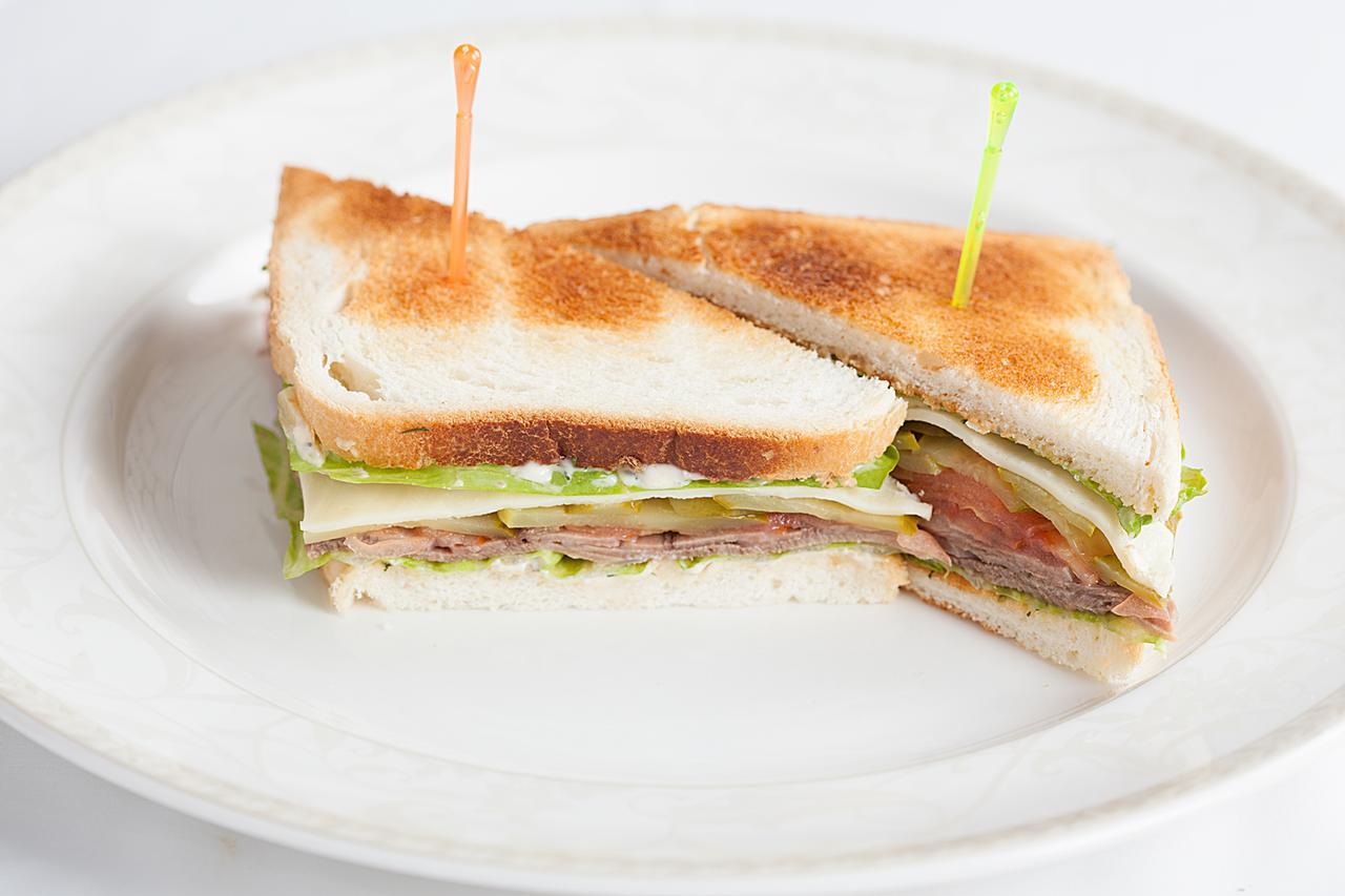 Бутерброд (с бужениной)