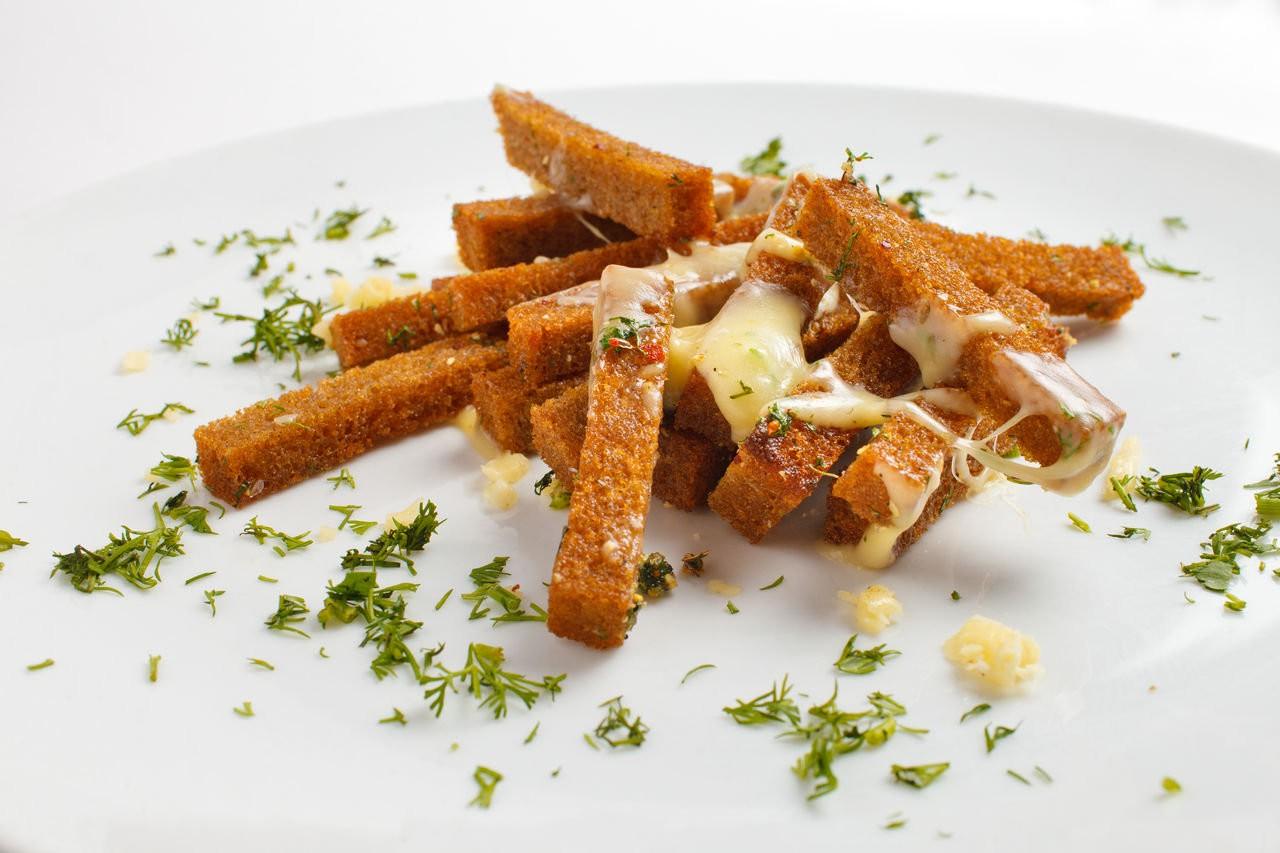 Гренки (с сыром и чесноком)