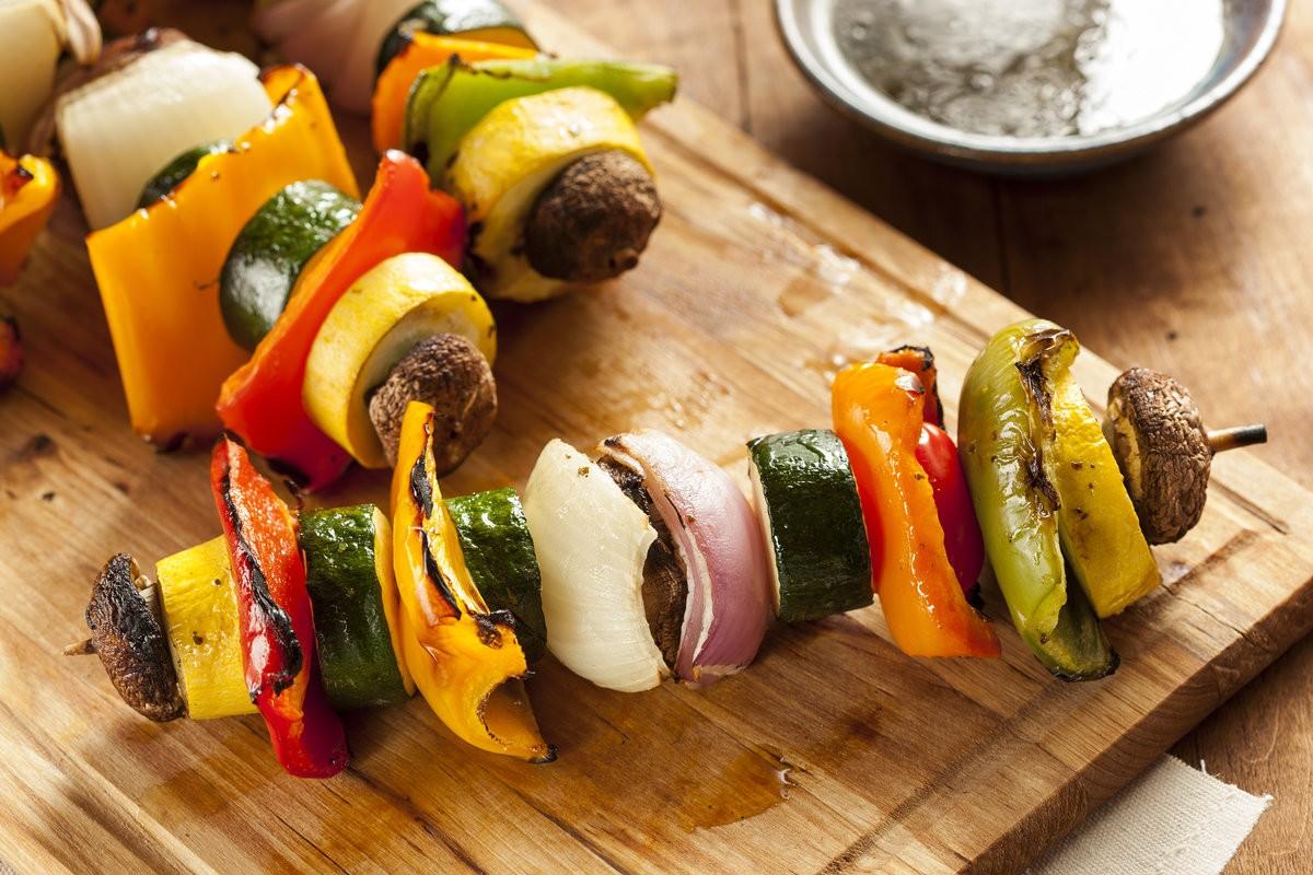 Шашлык овощной на мангале